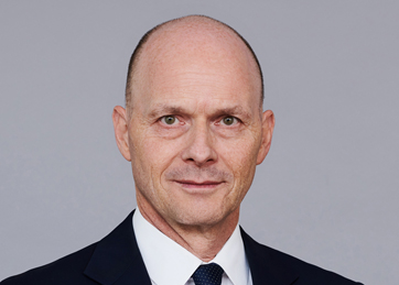 Dr. Jürg Glesti, Leiter M&A, Partner - Corporate Finance